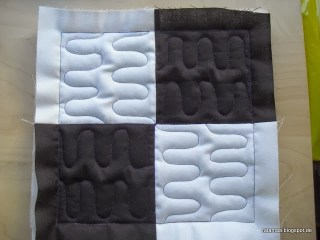 http://ta-mara.de/buildings-blocks-quilt-along-block-1/