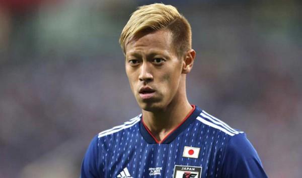 Twitterでの発言が話題になることもある本田圭佑選手ですが、嫁がかなりの美人で話題になったこともありますよね!