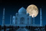 taj mahal in moon light
