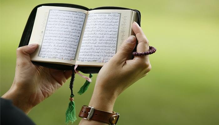 Isi Kandungan Surat An-Nisa Ayat 136 Lengkap Beserta Asbabun Nuzulnya!