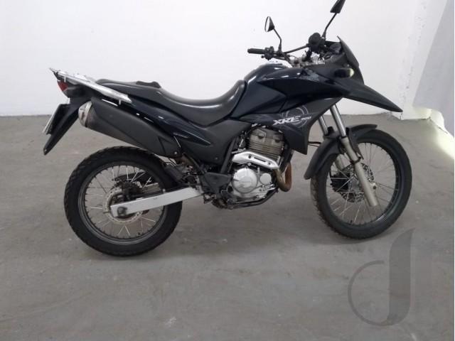 Leilão de veículos tem moto Honda XRE 300, ano 2012, veja aqui!