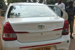 インドのタクシー