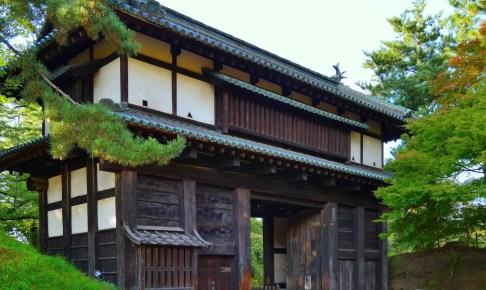 弘前城・二の丸南門