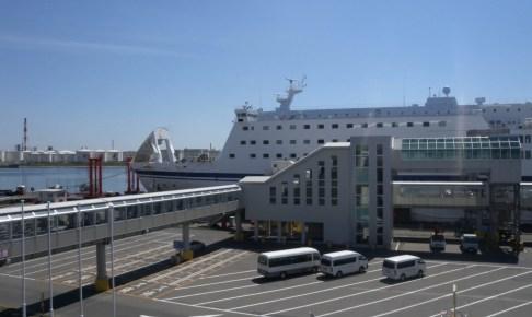苫小牧西港フェリーターミナル