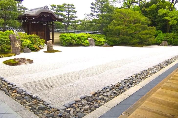 建仁寺・方丈前庭