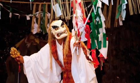 高千穂神社神楽保存館