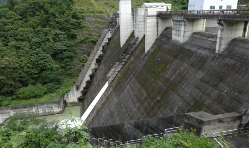 西秩父桃湖(合角ダム)