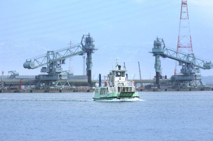 富山県営渡船(越ノ潟フェリー)