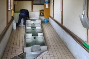 弘法の清水(四十物町)