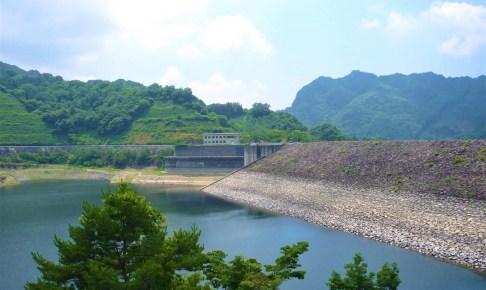 荒川ダム(能泉湖)