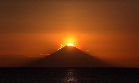 原岡海岸ダイヤモンド富士