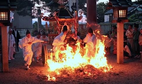 櫛田神社『秋季大祭(火渡り神事)』