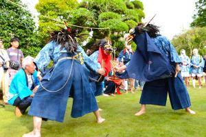 篠籠田の三匹獅子舞