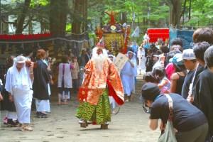湯殿山神社例大祭(湯西川温泉)