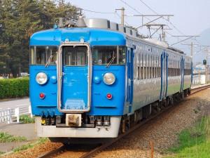 1280px-Hokuriku_457kei