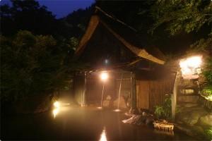 旅館奥の湯露天風呂