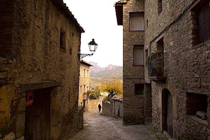 ロダ・デ・イサベナの街中の画像