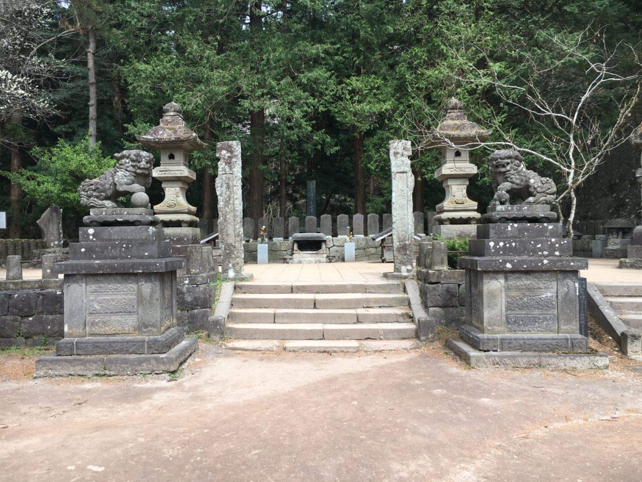 会津観光スポット 飯盛山 白虎隊のお墓