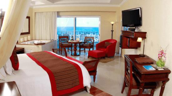 20141031-176-8-cancun-hotel