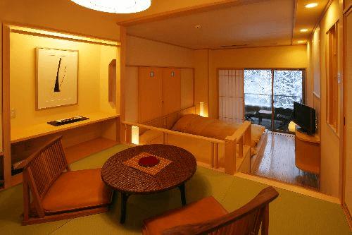 20141202-210-2