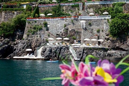 20150327-327-10-amalfi-hotel