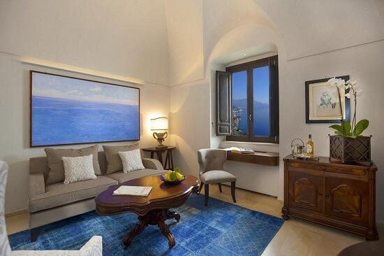 20150327-327-4-amalfi-hotel