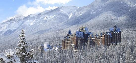 20150821-476-15-banff-hotel