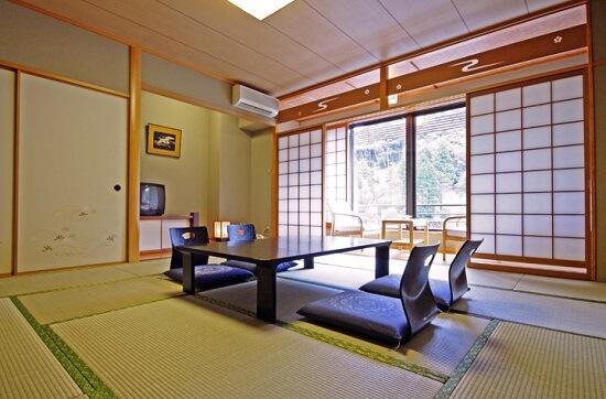 20151001-513-7-nagatoyumotoonsen