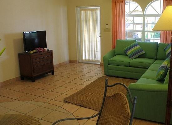 20151022-535-9-roatan-hotel
