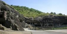 les premières grottes d'Ellora, bouddhistes.