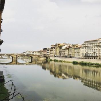 Près de Ponte Vecchio, Florence
