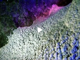 【TOP BUZZ】【絶景大陸vol.057】これ全部塩の華!コロンビアの塩の洞窟に世界最大級のハート型岩塩