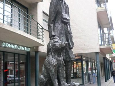 ネロとパトラッシュの像