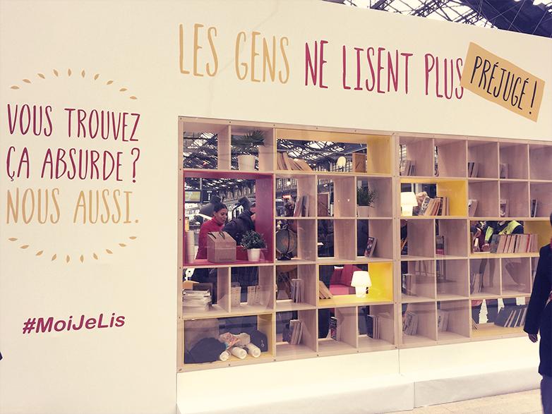 パリ、リヨン駅の本屋