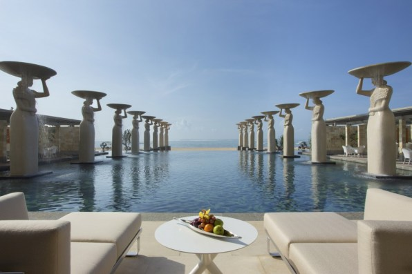 The Mulia - The Oasis Pool