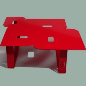 Table basse design seventies rouge