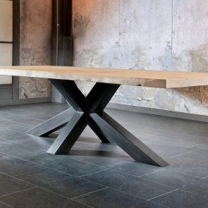 Table 220x100 bords droits chêne brut pied multix