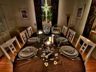 extravagant table decoration