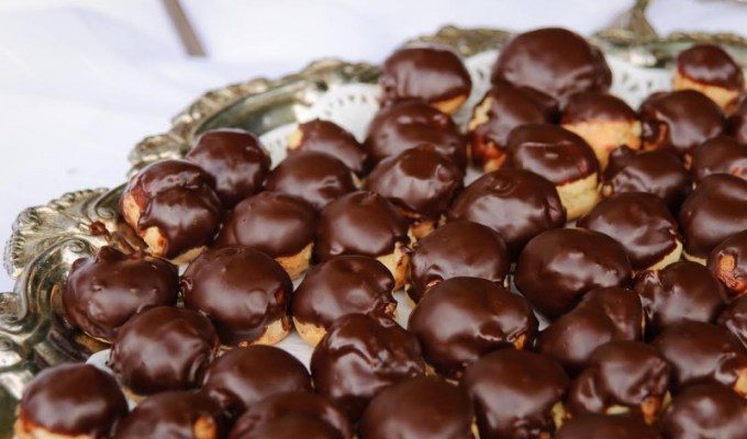 Bite-Sized Eclairs with Silky Chocolate Glaze
