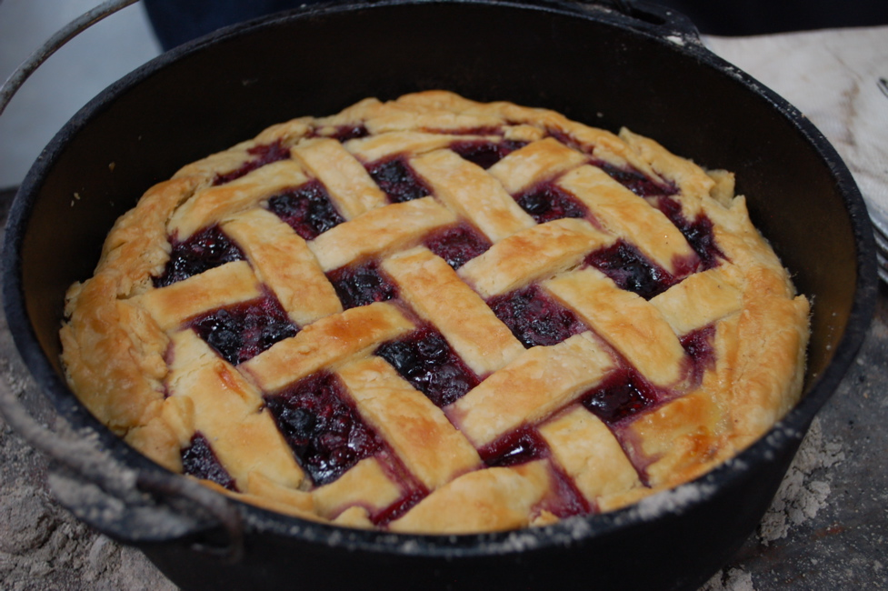 Dutch oven Jumbleberry Pie