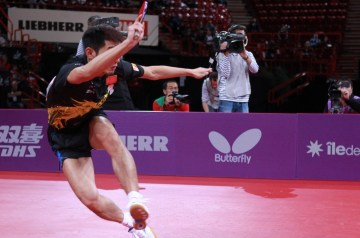 Zhang Jike away table tennis