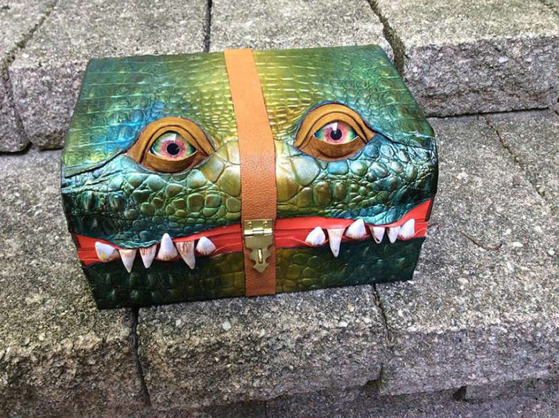 monster-luggage-10