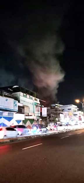 Pasar Lawang Terbakar, 500 Lapak, Kios, dan Toko Jadi Arang