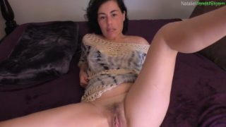 Natalie Wonder – Mommy Taught Her Two Boys To Share