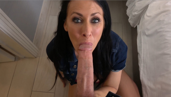 FamilyManipulation Reagan Foxx – Mom's Vacation Revenge Mouthful of Son