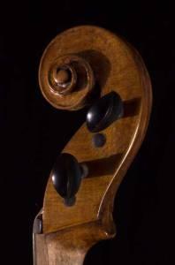Venetian viola scroll head