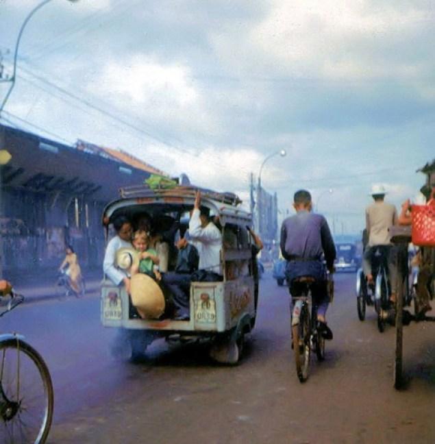 bo-anh-phim-vuong-an-tuong-ve-sai-gon-thap-nien-1960-hinh-9