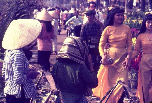 ve-dep-hut-hon-cua-phu-nu-sai-gon-nhung-nam-1960-hinh-2