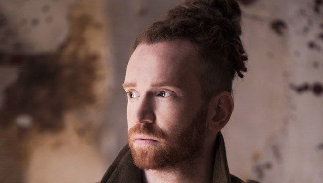 Sunday Music 11 _ Newton Faulkner - Up up and away