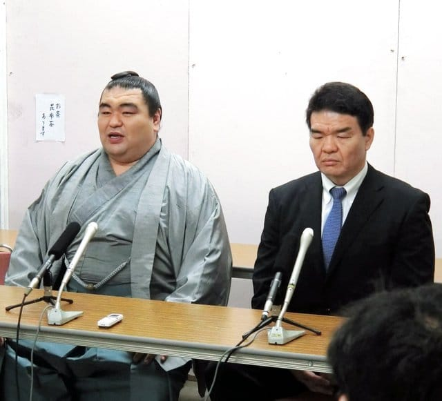 tamaasuka-avec-kataonami-oyakata